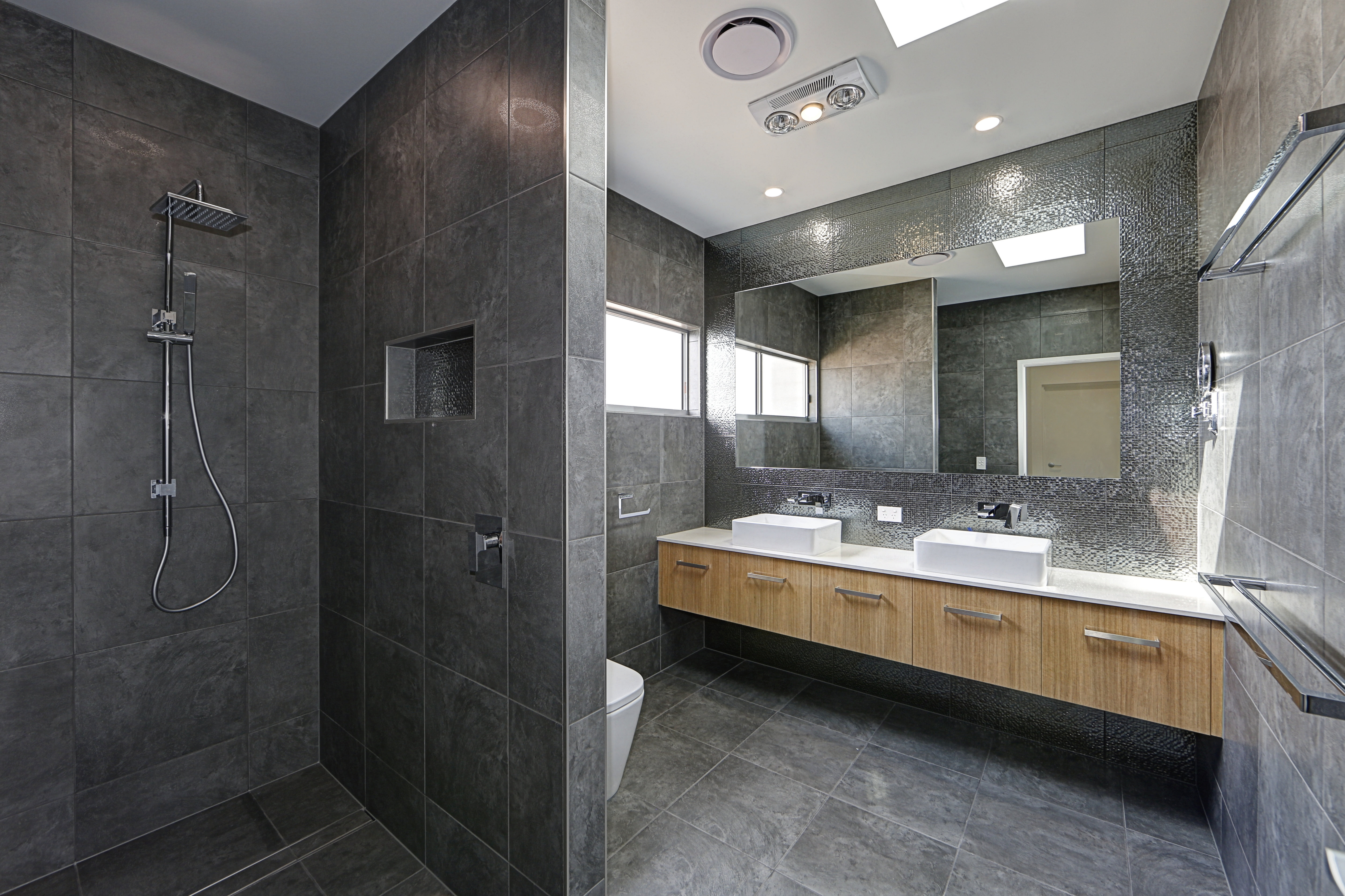 Feature-Ensuite I House Plans on blueprints for houses with open floor plans, roof plans, split level home floor plans, home builders floor plans, mansion plans, home design floor plans, i house architecture, i house home,